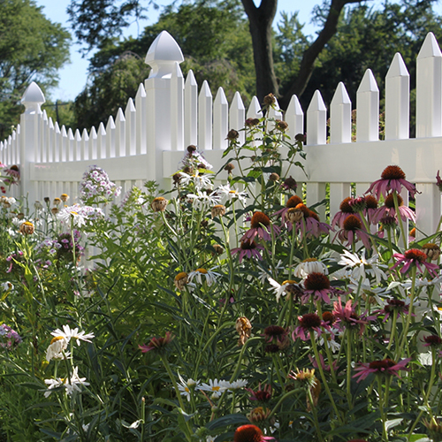 Grantham Picket Fence
